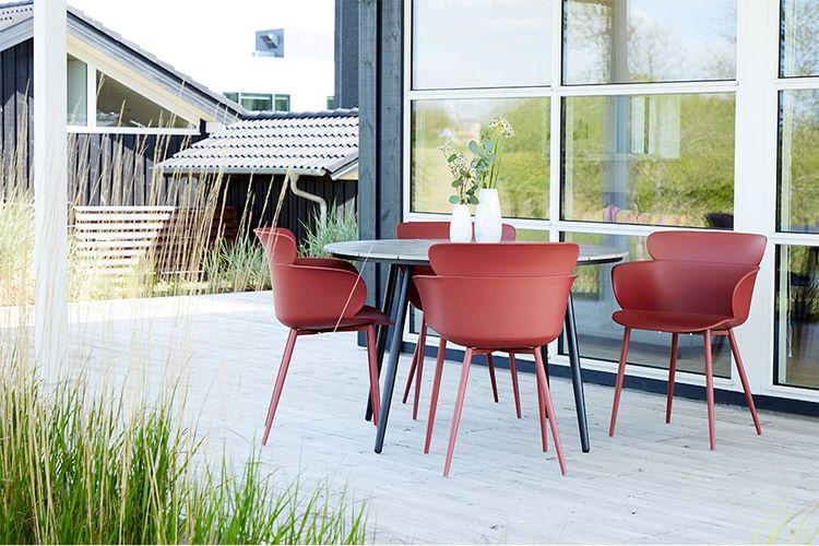 4 plastic tuinstoelen van Envy (kleur: rood)