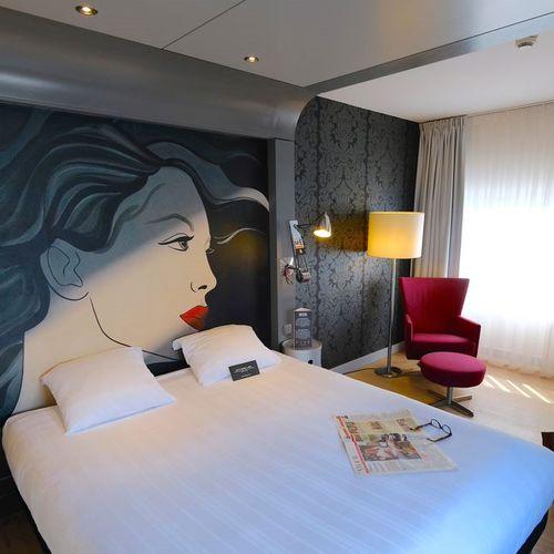 Overnachting bij Apollo Hotel