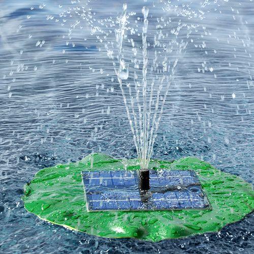 Drijvende fontein op zonne-energie
