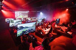 Racen in een F1-simulator op een doordeweekse dag (2 p.)