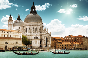 Retourticket met slaaptrein naar Venetië, Wenen of Praag