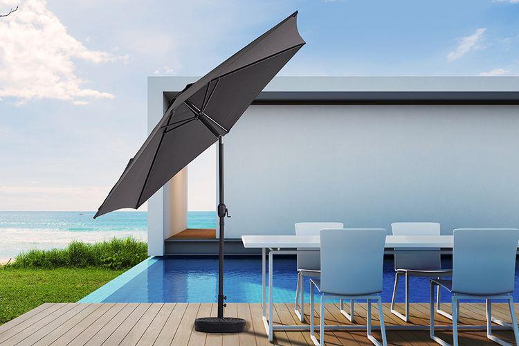 Parasol met kantelsysteem van Feel Furniture (� 300 cm)