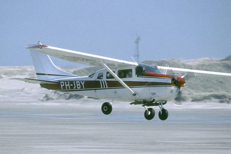 Zelf een vliegtuigje boven Texel besturen