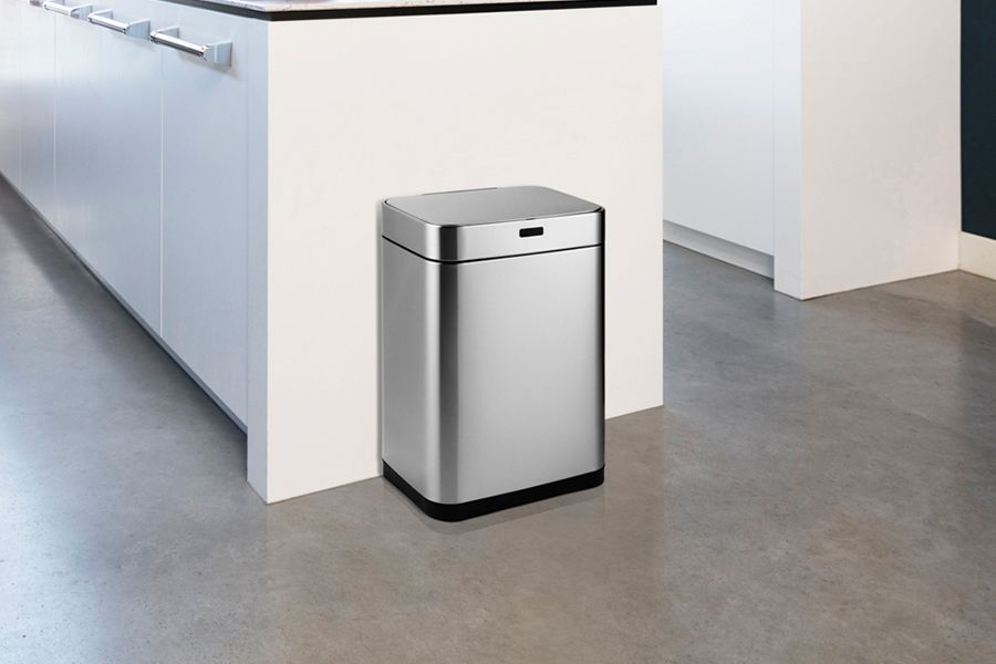 Zilverkleurige prullenbak met sensor (60 liter)