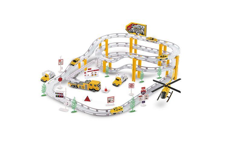 Speelgoedset met racebaan met auto's en vrachtwagens