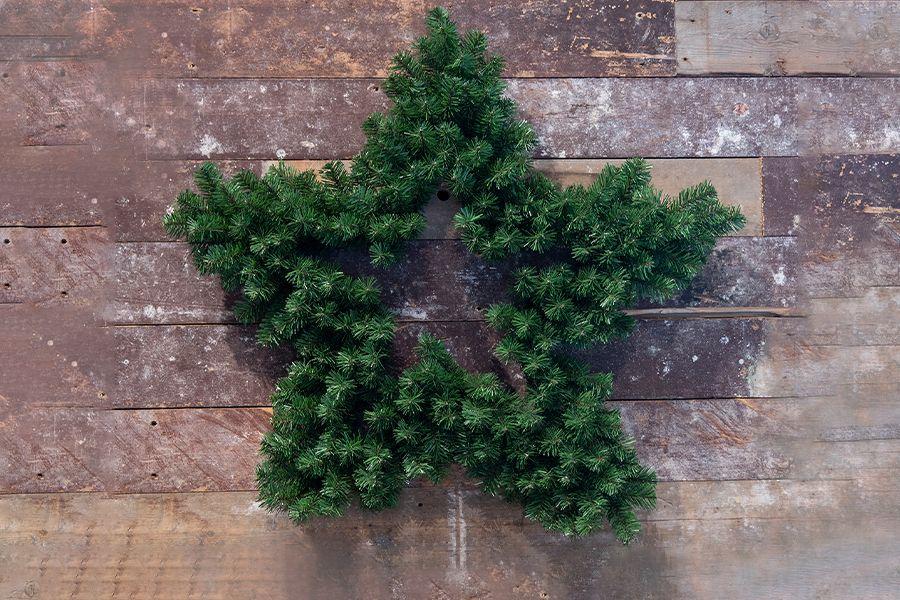 Stervormige kerstkrans (� 91 cm)
