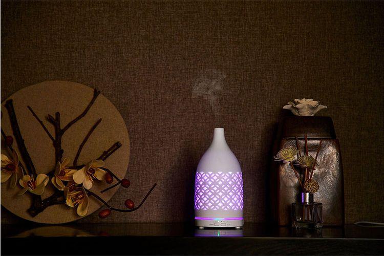 Aroma-vernevelaar met ledverlichting (10 x 10 x 19,5 cm)