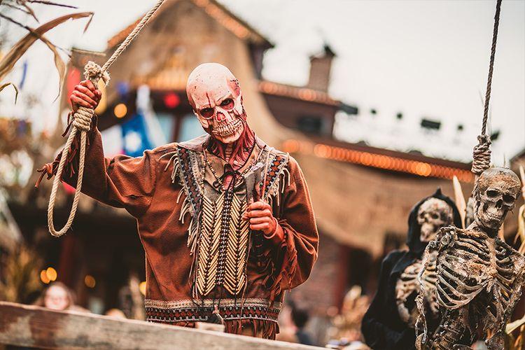 Halloween In Belgie.Halloween In Bobbejaanland Belgie 2 P Aanbieding