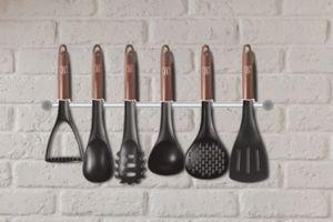 7-delige set keukenhulpjes met hanger van Berlinger Haus