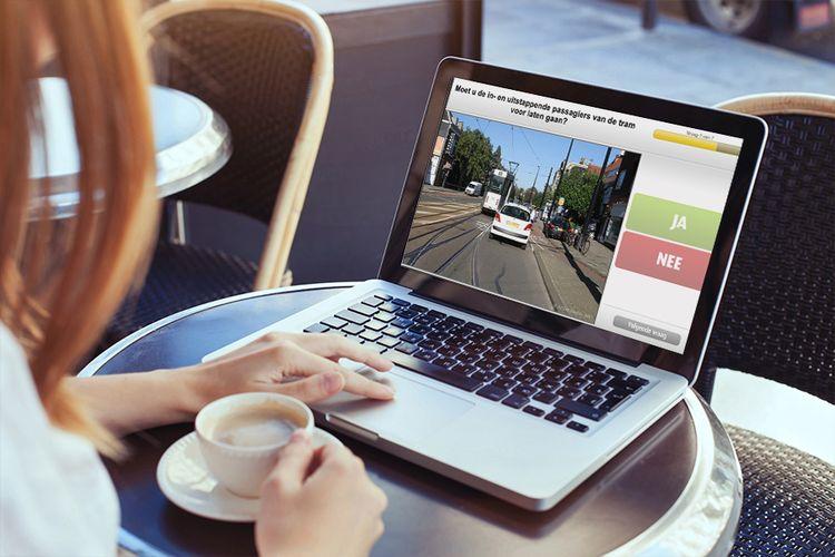 25 dagen online oefenen voor je auto theorie-examen