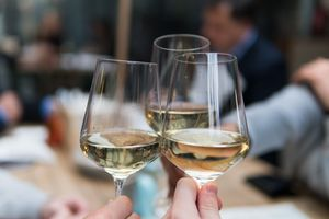 Zomer Wijnproeverij aan huis voor 4 personen