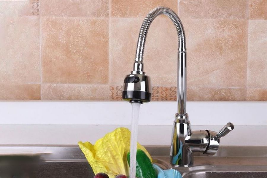 Keukenkraan met draaibare uitloop van Clean Living