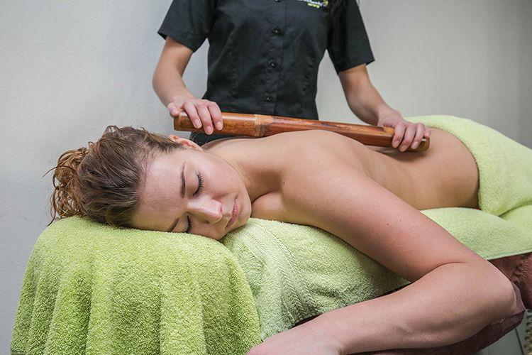 Saunadag met massage naar keuze bij Sauna Oase (2 p.)