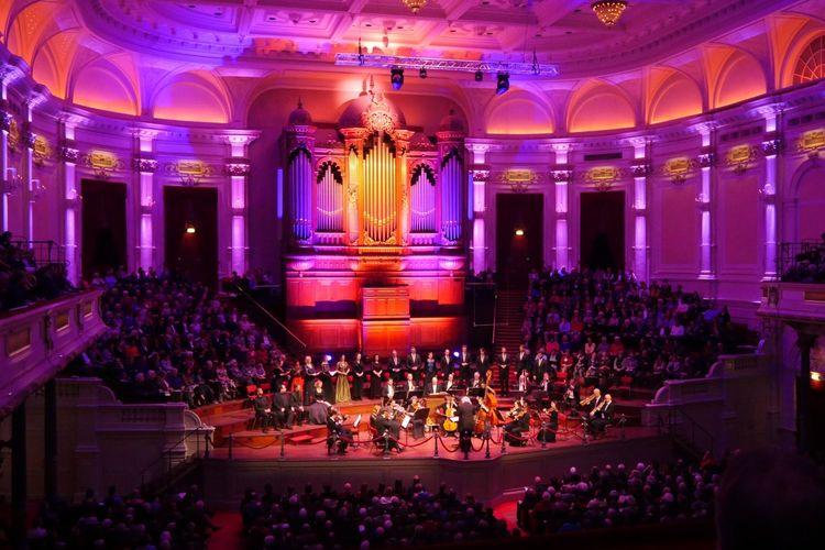 Ode aan Bach in Het Concertgebouw Amsterdam (2 p.)